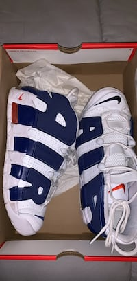 Nike white and blue uptempo size 7