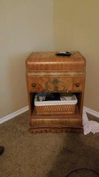 Antique bedside table Yukon, 73099