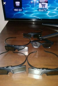 Samsung 55 inch TV 3D with extras