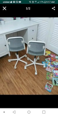two desk chairs both for 15$ North Miami