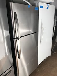 Top and bottom refrigerator 30in new Frigidaire 6 months warranty