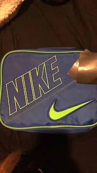New Nike lunch bag Los Angeles, 90006