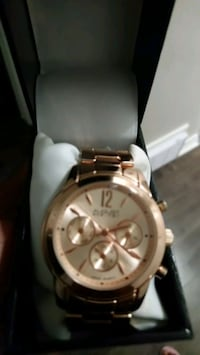August Steiner Ladies Watch. Rose Gold.  Toronto, M9P 1P9