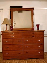 Nice big dresser/TV stand/buffet with 8 drawers &  Annandale, 22003