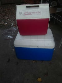 icechest and lunch box