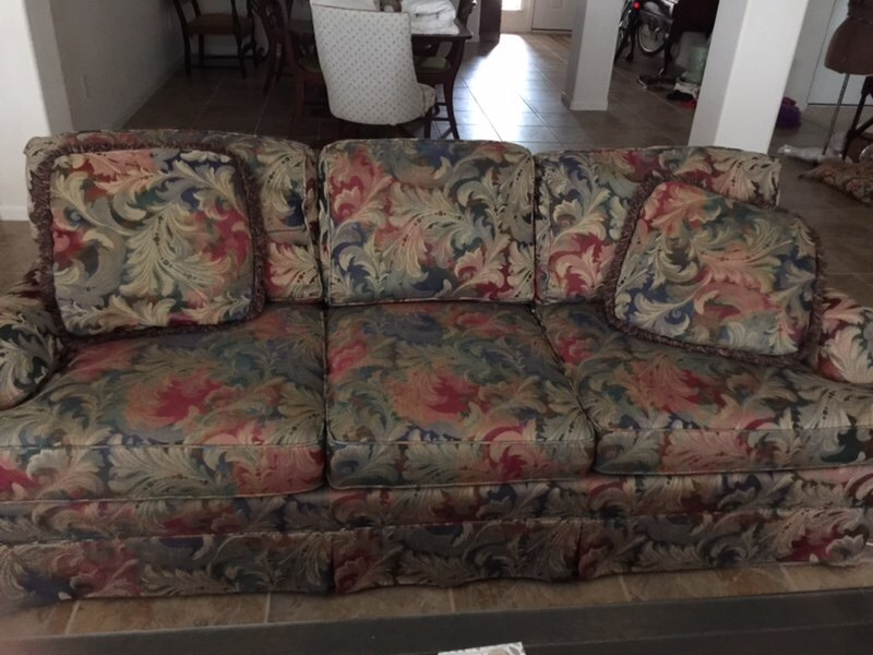 used brown and red floral fabric 3 seat sofa for sale in austin letgo rh gb letgo com