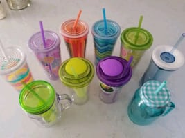 Plastic Cups With Reusable Straws