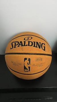 spalding basketball Mississauga, L5C 2T2
