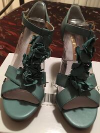 Pair of black leather open toe ankle strap sandals Toronto, M6G 2R8