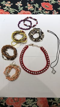 Lot of 7 - necklaces and bracelets
