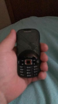 Samsung flipphone with a key bourd and no cracks Laurel, 20723