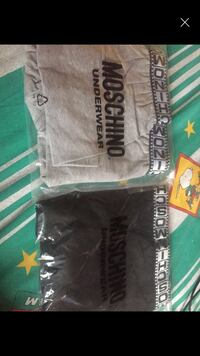 Due boxer Moschino  Canegrate, 20010