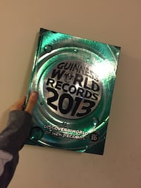 Guinness world records book  Woodstock, N4S