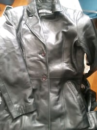 Kennith cole leather coat new size s Crofton, 21114
