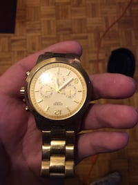 Gold guess watch  Mississauga, L5G