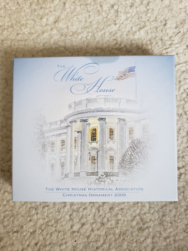 2009 Collectible White House Christmas Ornament  5f3fd310-c16e-4c74-a665-363f7f94d406