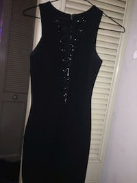 black scoop neck sleeveless dress Edmonton, T6K 0N1