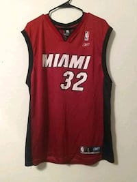 Mens red and black Miami Heat sleelveless Jersey Queen Creek, 85143