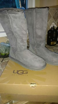 Authentic UGG