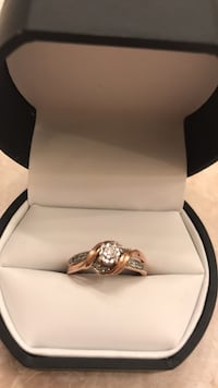 10k  pink gold real diamonds promise ring size 6 1/2