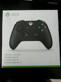 Xbox one controller like new Burbank, 91502