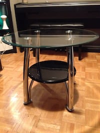 """Glass and metal table 26"""" diameter top Mississauga, L5J 1V8"""