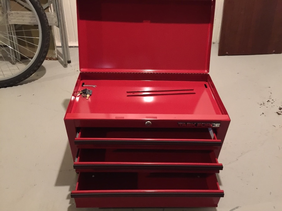 used task force 3 drawer tool box for sale in mason letgo rh us letgo com task force tool box price task force tool box parts