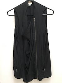 DKNY silk vest that opens to a great look original price 475. Zippers