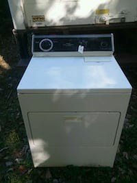 white front-load GAS clothes dryer 544 mi