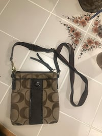 Brown and black coach monogram crossbody bag Cookeville, 38501