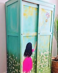 Armoire for a little girl room Markham, L6E