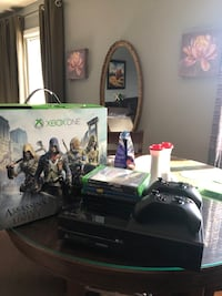 Xbox one wit 4 game