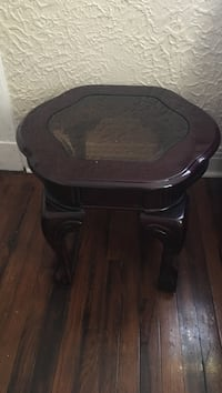 maroon wooden coffee table New Orleans, 70119