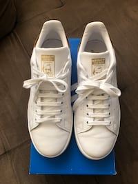 Adidas gold and white Stan Smith Toronto, M3K 1E4