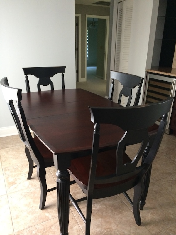 Thomasville dining table and chair