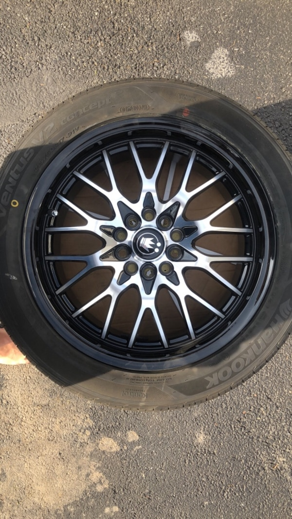 Four new Konig rims with universal lugs. And 4 brand new Hankook tires originally were 900 all together. Look for a fair offer