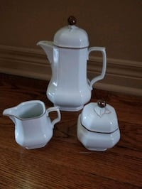 Coffee/tea pot, sugar and creamer  Whitchurch-Stouffville, L4A 4S5