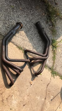 Headers. I think they fit. Small block ford. West Milwaukee, 53214