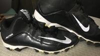 nike football cletes  size 10.5