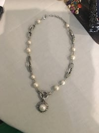 Beautiful silver necklace with beautiful pearls