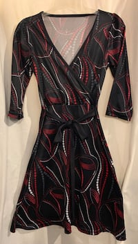 Black with red and white printed mock wrap dress Hyattsville, 20784