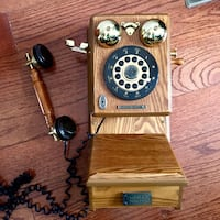 Thomas Limited Collectors Addition wall Telephone Toronto, M4L 2X9