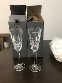two clear cut glass vases 819 mi