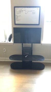Samsung  40inch TV with Bello  Glass Tv Stand Baltimore, 21202