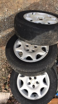"Five lug rims. 225/60 16"", Come off a dodge avenger Harpers Ferry, 25425"