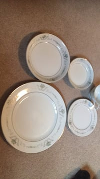 Dishes.. 10 place settings of these beautiful dishes. Perfect condition. White with silver and light green. Vaughan, L4J 3A4