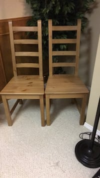 2 brand new wooden chairs never been used  Calgary, T2A 4G7