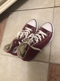 Converse shoes size 3 Waterloo, N2L 5S7