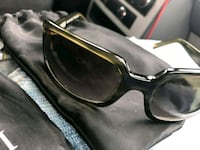 black framed sunglasses with case Lawrence, 01843