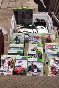 Xbox 360+ games + controllers Toronto, M3M 1N1